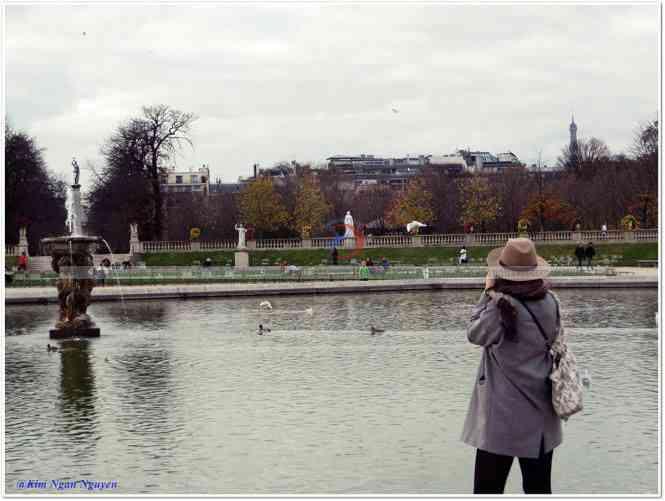 Paris đó, chỉ ngắm thôi chớ yêu!