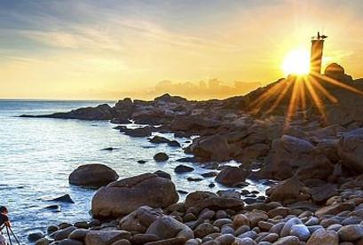 Tour Điệp Sơn Phú Yên Tết Âm Lịch, Trải Nghiệm Con Đường Dưới Biển, Mũi Điện Cap Varella